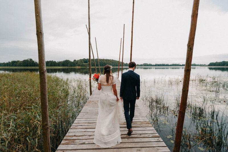 zdjęcia ślubne nad jeziorem