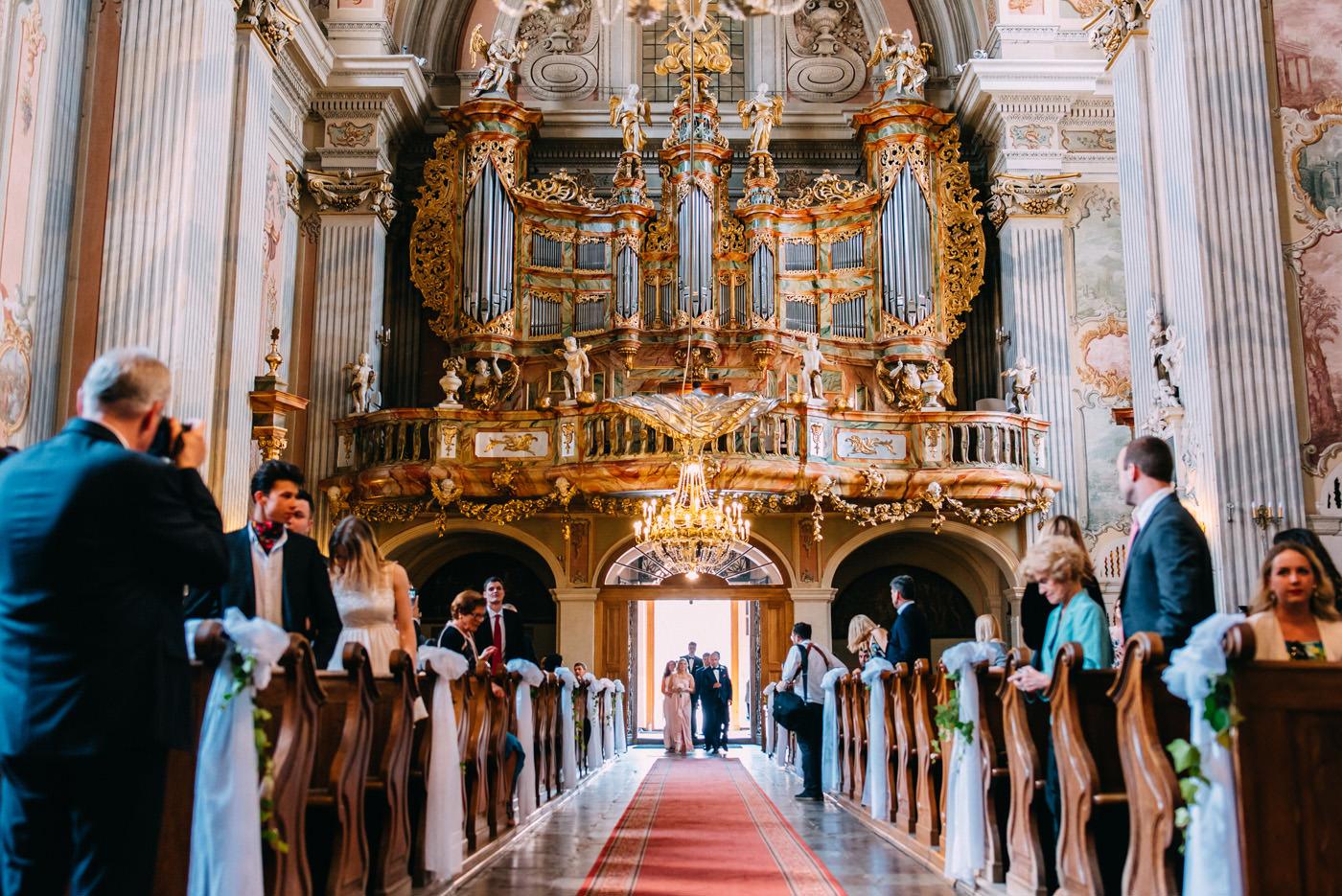 kosciol sw anny w warszawie- wesele amber room- luke sezeck