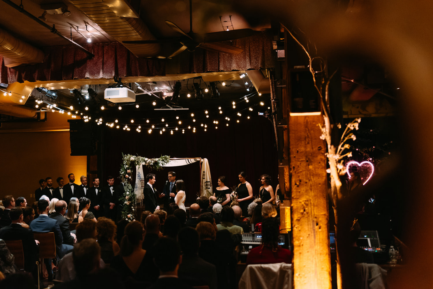 new york city winery wedding- the ceremony by Luke Sezeck photographer