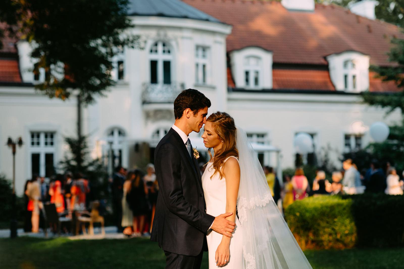 sesja pelenrowa i piękne wesele w pałacu zdunowo- Luke Sezeck