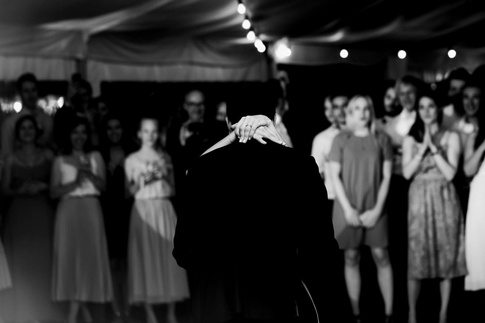 pierwszy taniec pary młodej na weselu w pałacu zdunowo