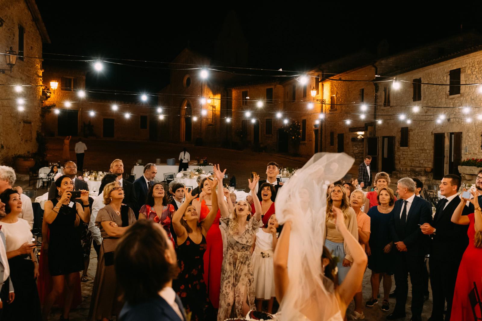 polskie oczepiny włoskie wesele