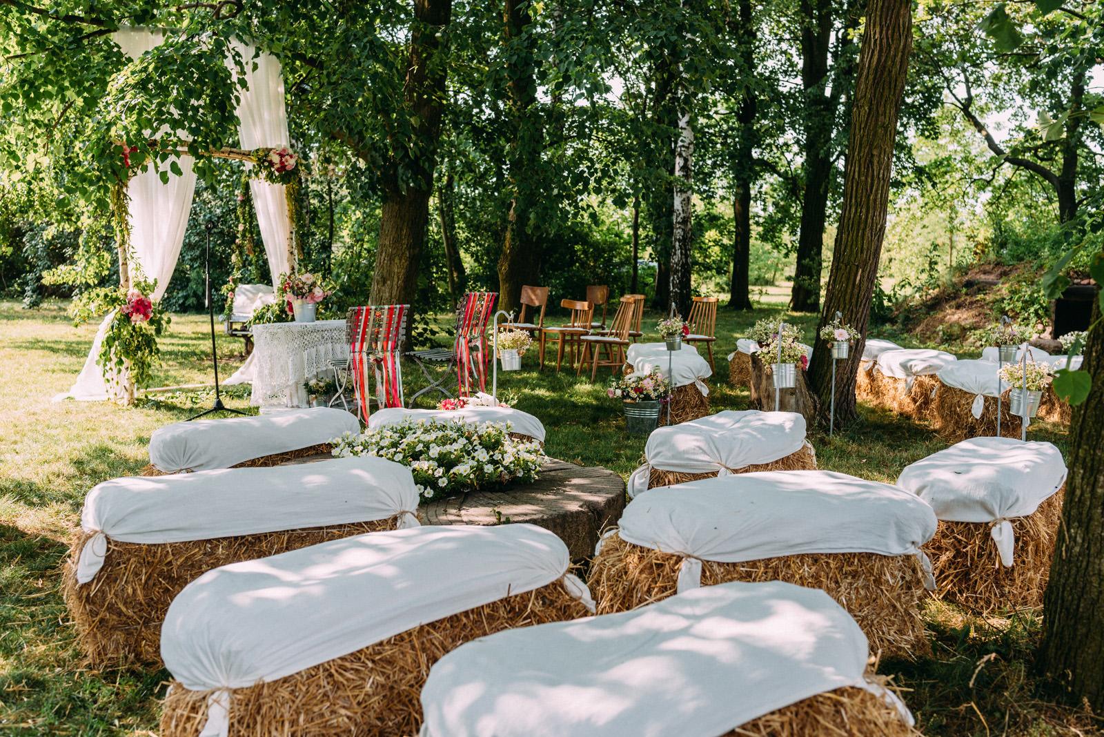 Osada młyńska wesele w plenerze Oryszew - Luke Sezeck fotografia ślubna